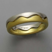 18k Yellow gold and Platinum open wave ring