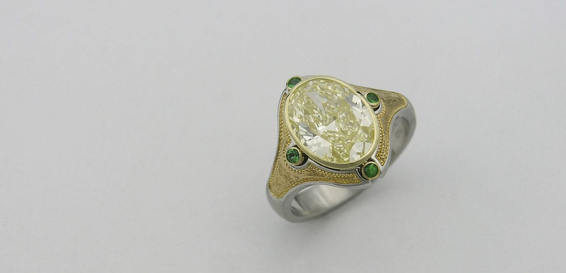 yellow-diamond-with-emerald-and-inlaid-24-karat