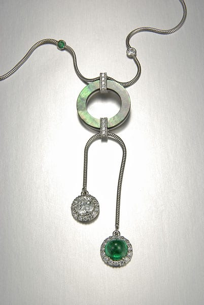 emerald-dia-black-lip-mother-of-pearl-necklace